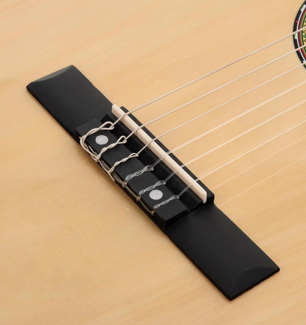 Billigsteg Konzertgitarre