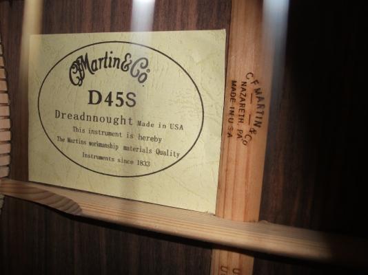 """Auch der Zettel ist ein Fake, ebenso das """"D 45 S"""""""